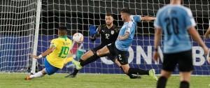 Portal 180 - Uruguay cayó 3-1 ante Brasil