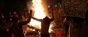 Portal 180 - EEUU vive otra jornada de protestas marcada por los disturbios