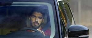 Portal 180 - Luis Suárez pasa examen de italiano para obtener pasaporte