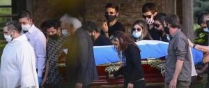 """Portal 180 - Entre el caos y la tristeza, Argentina y el mundo dieron su """"último adiós"""" al ídolo Maradona"""