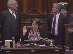 Portal 180 - El momento de la votación de la renuncia de Raúl Sendic a la Vicepresidencia