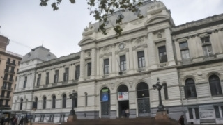 Gobierno y Udelar enfrentados por reclamo presupuestal | 180