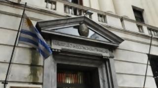 Economía uruguaya evita la recesión técnica pero continúa estancada | 180