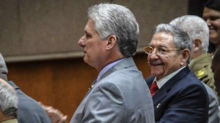 Miguel Díaz-Canel, revolucionario en bicicleta, listo para gobernar Cuba | 180