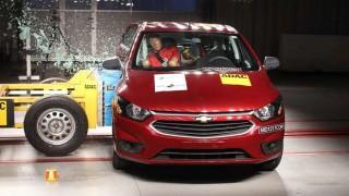 Presión de consumidores aumenta seguridad en los autos, antes que la regulación | 180