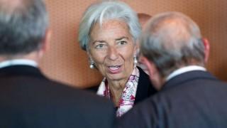FMI aprueba préstamo por 50.000 millones de dólares a Argentina | 180