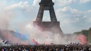 Multitudinarios festejos en toda Francia | 180