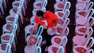 Un PT desafiante inscribe la candidatura del encarcelado Lula | 180
