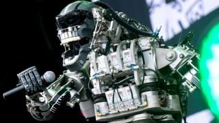 China presenta a robots médicos, profesores o guerreros | 180