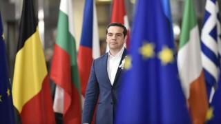 Grecia deja atrás los planes de ayuda pero no la austeridad  | 180