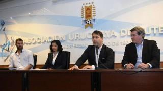 Es innegociable: primero el estatuto y luego elecciones en AUF  | 180
