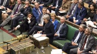 El caos del Brexit se agrava con una moción de censura a Theresa May | 180