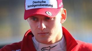 Mick Schumacher se une a los jóvenes pilotos de Ferrari | 180