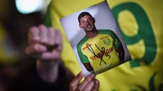 Los hinchas del Cardiff esperan un milagro con Emiliano Sala | 180