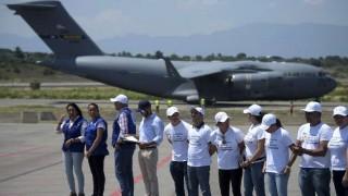 Guaidó convoca a manifestaciones mientras recibe más ayuda humanitaria | 180