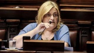 Bianchi cuestionó en el Parlamento el acuerdo entre TNU y productora de Buscadores | 180