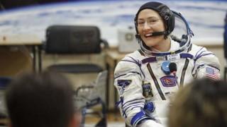 La NASA canceló paseo espacial 100% femenino por falta de talles en trajes | 180