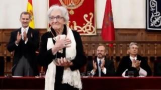 Las imágenes de la premiación de Ida Vitale con el Cervantes | 180