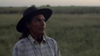 Un documental que ataca el mito del país sin indios | 180
