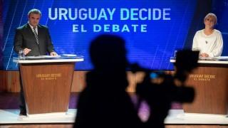 Las fotos del debate Cosse-Larrañaga | 180