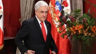 Nueva ley en Chile rebaja sueldos a presidente, parlamentarios y ministros | 180