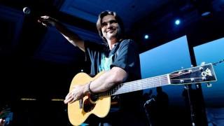 Juanes, una estrella mutante fiel a la guitarra y a las buenas causas | 180