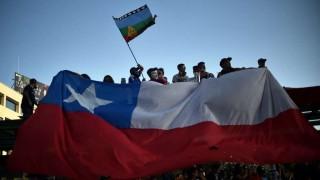 Partidos opositores se unen para pedir una Asamblea Constituyente en Chile | 180