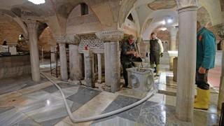 Los mosaicos y columnas de basílica de San Marcos de Venecia dañados por la inundación | 180