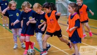 Escocia va a prohibir a los niños cabecear el balón | 180