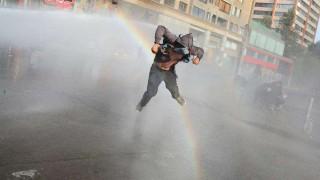 Duros choques entre manifestantes y agentes a tres meses de crisis en Chile | 180