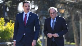 Sánchez comienza la negociación con los separatistas catalanes | 180