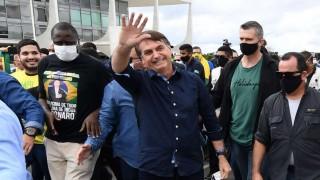 Bolsonaro da positivo al nuevo coronavirus y se mantiene desafiante | 180
