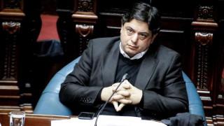 Peña presenta proyecto contra intereses usurarios | 180