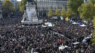 Multitudinarias manifestaciones en Francia en homenaje al profesor decapitado | 180