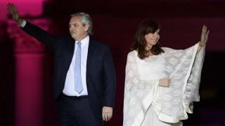 En medio de la crisis, presidente argentino no ha aceptado renuncias de ministros | 180