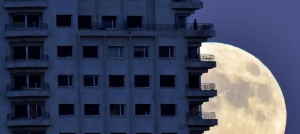 """Portal 180 - El """"balconing"""" vuelve a ponerse de moda en España, con trágicas consecuencias"""