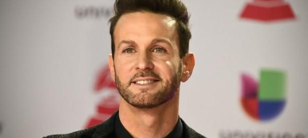 Portal 180 - El cantante argentino Axel, denunciado por abuso sexual en su país
