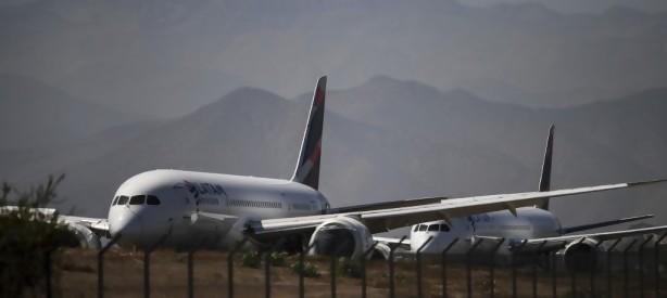 Portal 180 - Asfixiada por la pandemia, aerolínea LATAM pide acogerse a ley de bancarrota en EEUU