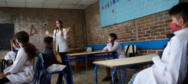 Portal 180 - Inmunidad de los docentes será clave para la vuelta a clases presenciales