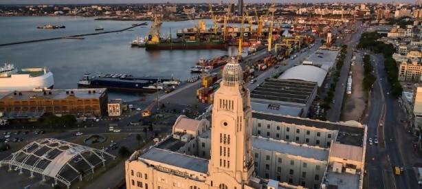 """Portal 180 - Un metro """"ancho como mar"""", la distancia entre Uruguay y Argentina en el tema puertos"""