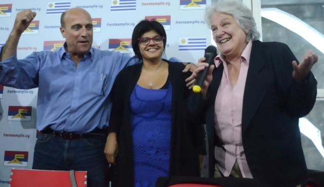 Equipos señala un empate entre Martínez y Topolansky
