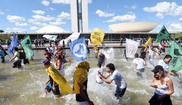 En el segundo intento, Diputados de Brasil dan primer sí a bajar la imputabilidad