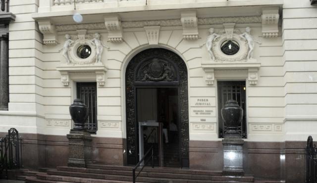 SCJ rechazó recurso y niña uruguaya debe retornar a España