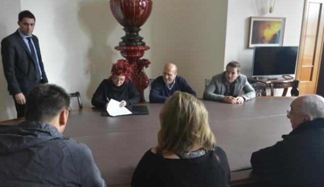 Buscan exoneración total tras acuerdo para bajar impuestos a músicos nacionales
