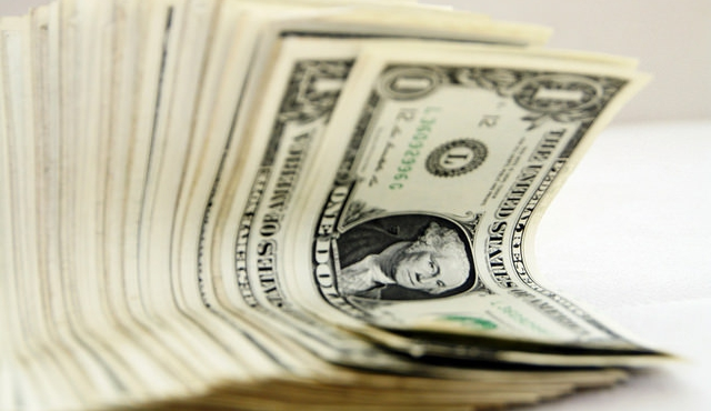 Dólar subió 0,38%