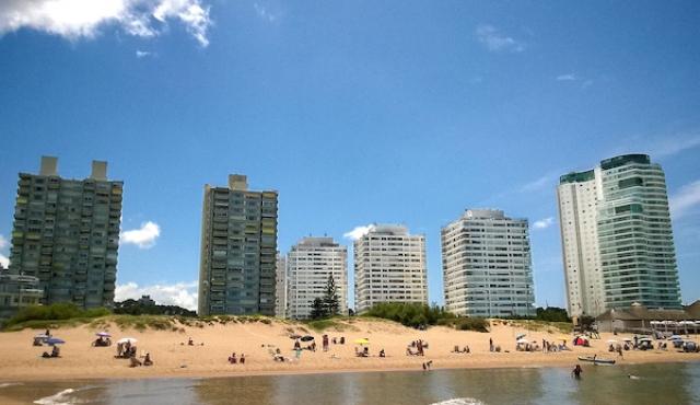 Entre marzo y agosto solo 148 argentinos obtuvieron la residencia en Uruguay