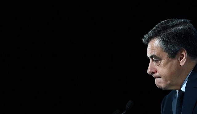 """""""Nadie puede impedirme ser candidato"""", desafía aspirante derechista francés"""
