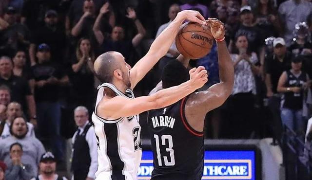 Un tapón de Ginóbili en el último segundo le dio el triunfo a los Spurs