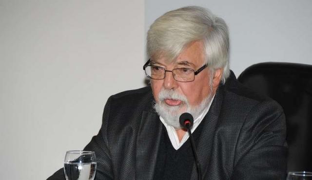 """""""No alcanzan los policías"""" para todos los partidos de fútbol en Uruguay"""
