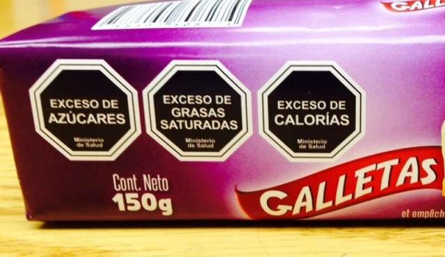 Chile endurece el etiquetado de alimentos para combatir la obesidad